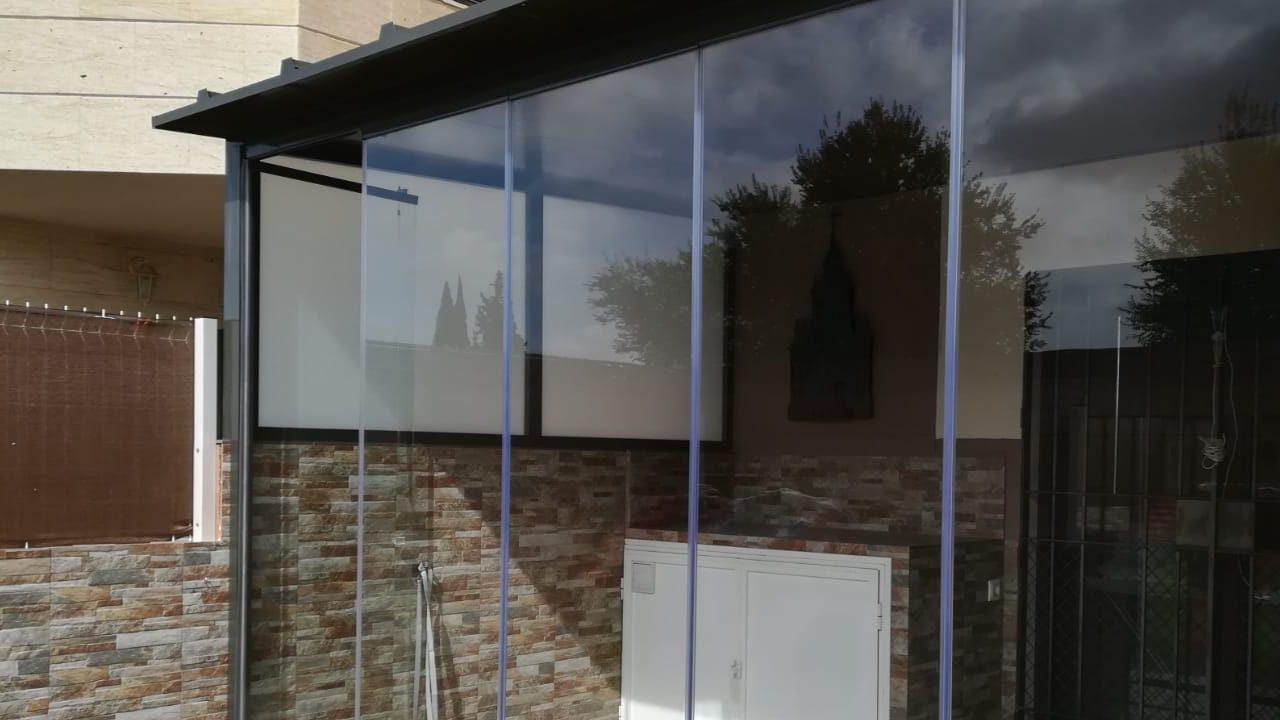 cortinas de cristal para patio sevilla huelva cadiz